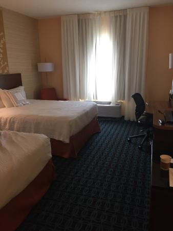Fairfield Inn & Suites Frederick: Room #139