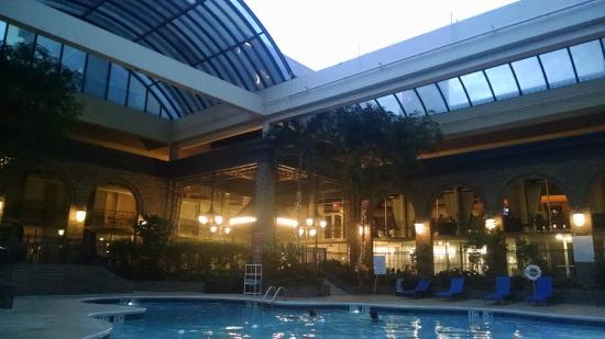 pool roof open picture of sheraton atlanta hotel. Black Bedroom Furniture Sets. Home Design Ideas