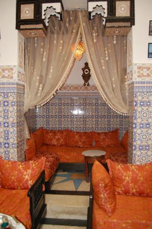 Dar Hlimi : Morocan salon