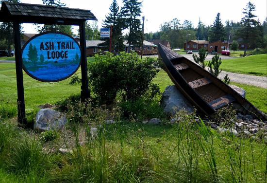 Ash River, MN: Ash Trail Lodge