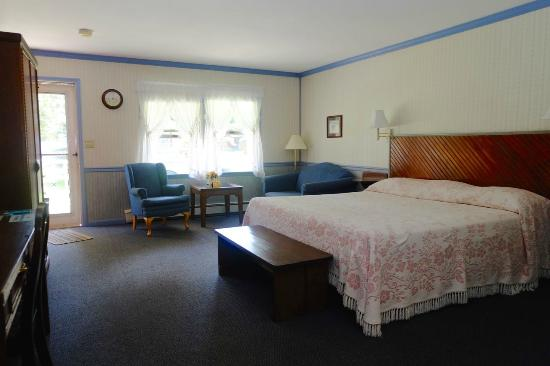 Myer Country Motel: Room