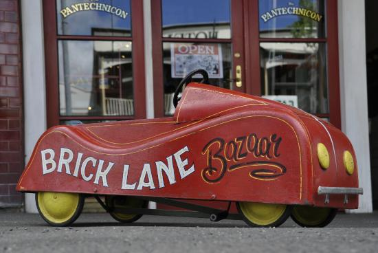 Brick Lane Bazaar: Brick Lane Pedal Car