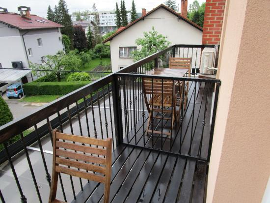 Alo Apartments `Vila Klara`: room 3 balcony shared