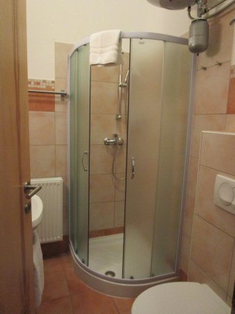 Alo Apartments `Vila Klara`: room 3 bathroom shower