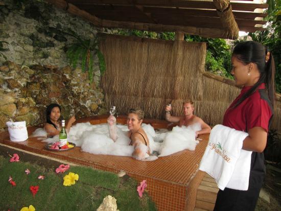 El Galleon Beach Resort & Hotel: Sap hot tub