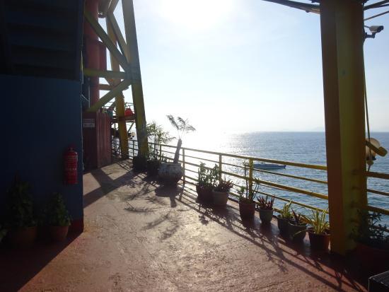 Seaventures Dive Rig : The rig