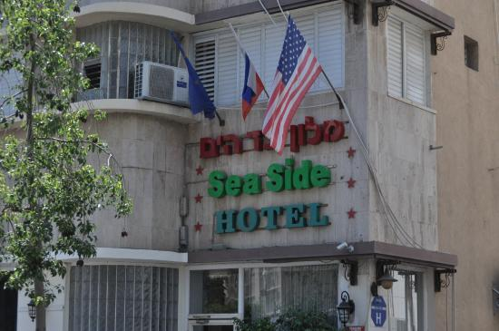 Sea Side Hotel: Front