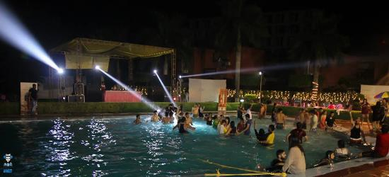 Pool Party At Hotel North Park
