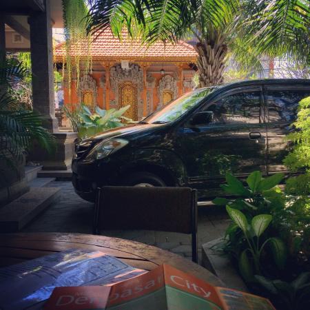 Nakula Familiar Inn : photo1.jpg