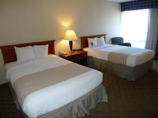 Grand Junction, CO: 2 Double Beds
