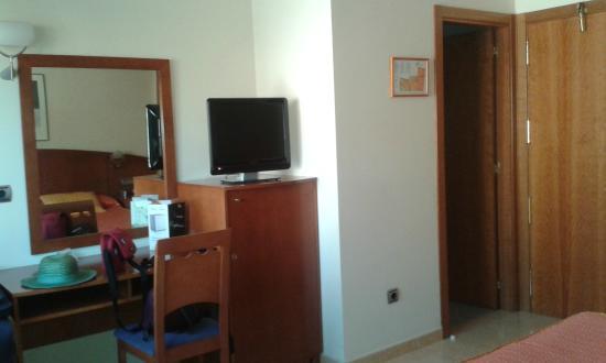 Hotel Portonovo : Habitación