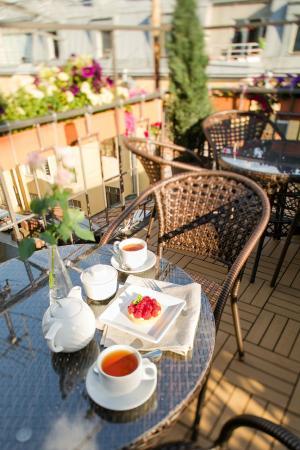 Sky Hotel: summer terrace