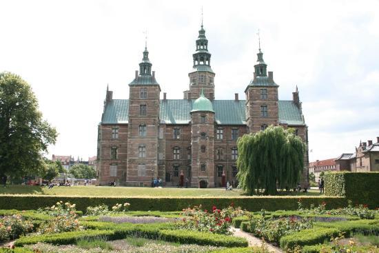 Schloss Rosenborg: Il castello visto dal magnifico parco