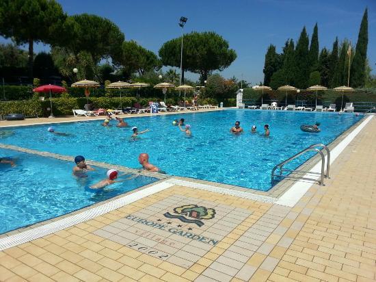 Piscina foto di villaggio europe garden silvi marina - Hotel con piscina abruzzo ...