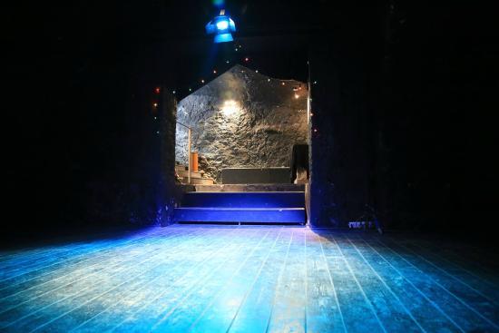 Nouveau Theatre de Poche