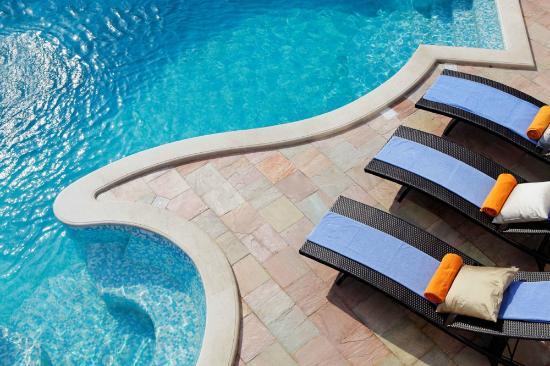 Adria Apartments : Pool area of Villa Nera