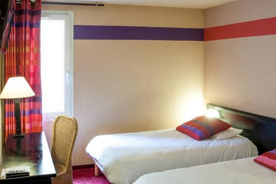 Saint Sauveur: Double room St Sauveur Hotel