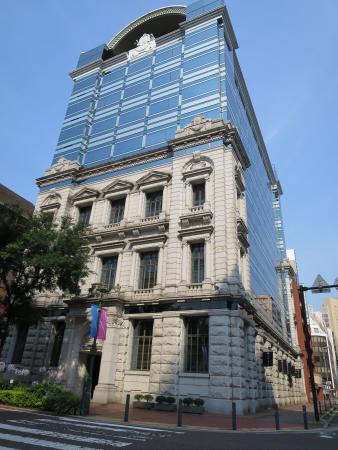 Nihonkoua Bashamichi Building: 外観