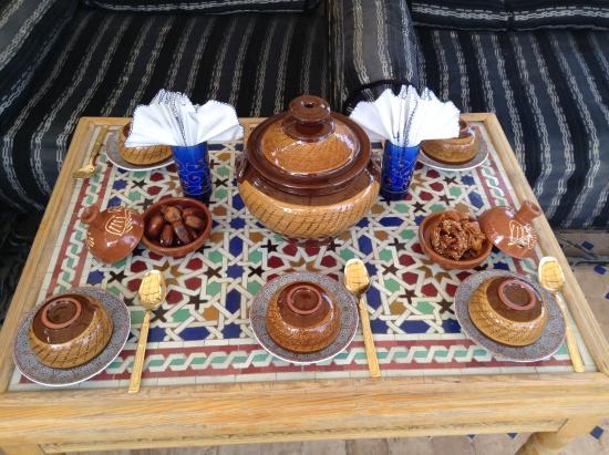 Riad La Bague de Kenza: Moroccan meal