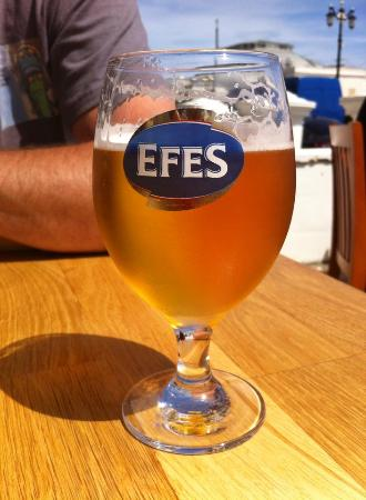 Istanbul Restaurant: Mmm ice cold beer