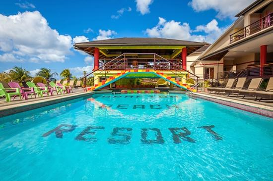 Grafton Beach Resort: Pool
