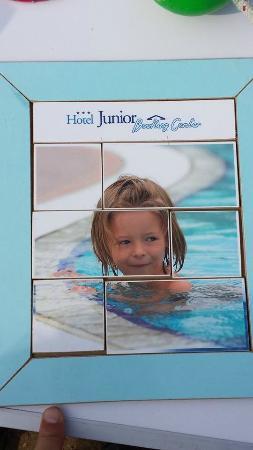Hotel Junior: BOOK