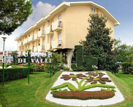 Hotel Junior: HOTEL