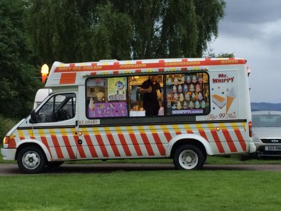 Bunchrew, UK: Ice cream van