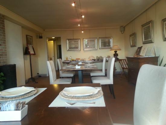 Rocche Costamagna Art Suites : Sala colazione