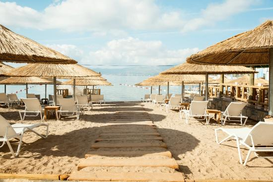 SENTIDO Bellazure: Beach