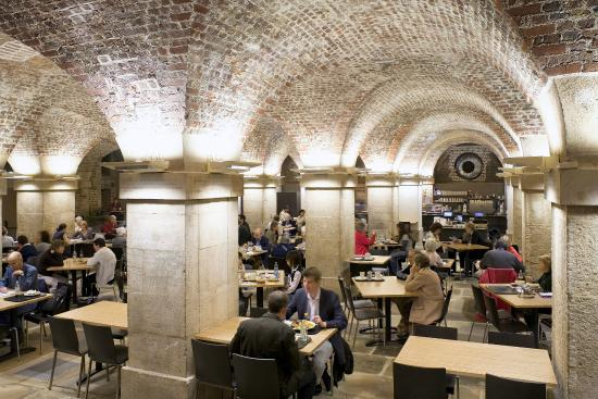 ‪St Martin-in-the-Fields Cafe in the Crypt‬