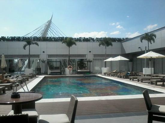 piscina fotograf a de hotel riu plaza guadalajara