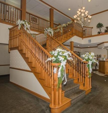Comfort Inn & Suites: Staircase
