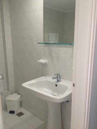 Eleana Hotel: Fürdőszoba