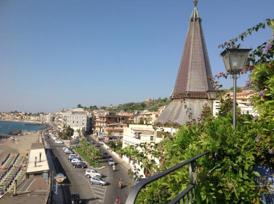 Terrazzo with great views for breakfast lunch and dinner - Hotel palladio giardini naxos ...