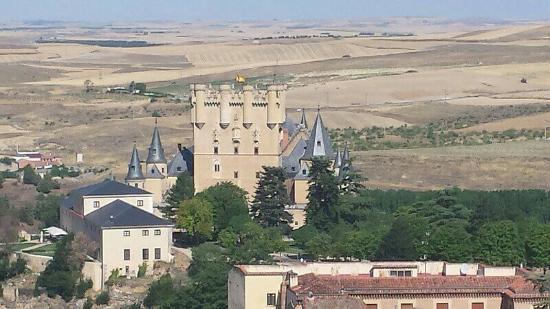 Hotel Alcazar -- Segovia: -