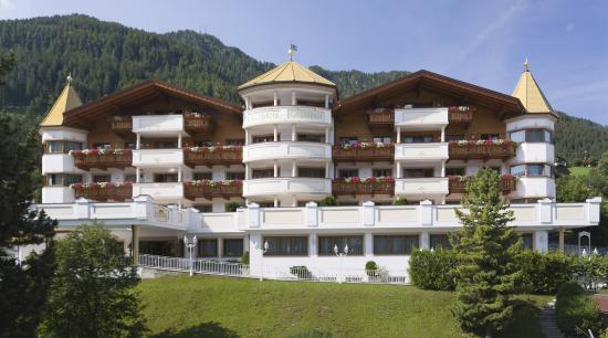 Hotel Gardena Grodnerhof: Exterior
