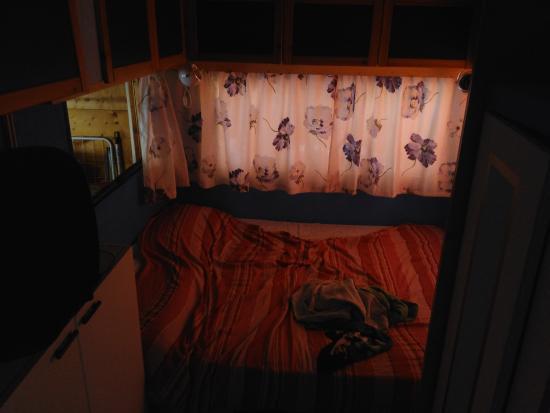 Camping Oasi Lionetta: Bungalow 28 per 6 persone...  Stretto ed inadeguato