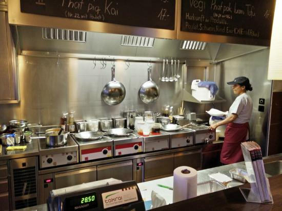 Takrai : kitchen area behind counter