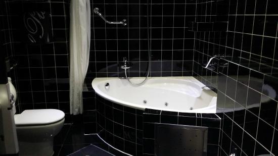 Hotel Plata: Bañera de hidromasaje