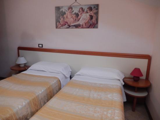 Hotel Venezia : номер