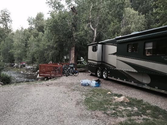 Lightner Creek Campground: On the creek!