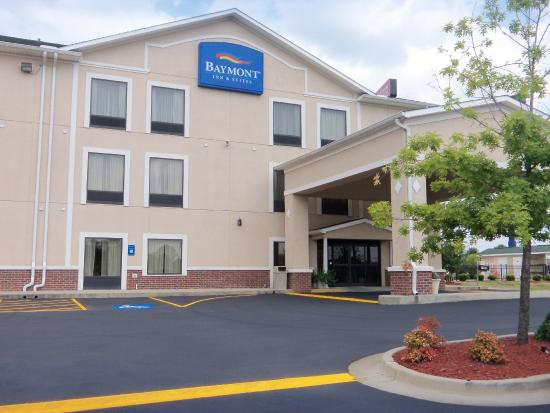 Photo of Baymont Inn & Suites / Augusta Riverwatch