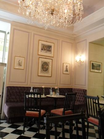 Interior design picture of laduree roma rome tripadvisor - Interior design roma ...