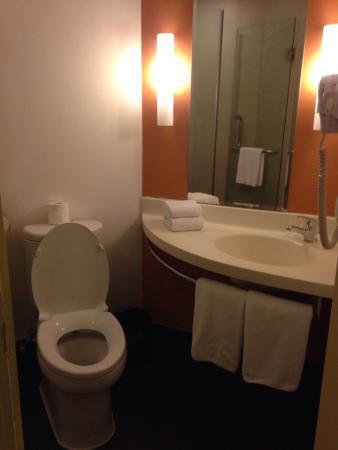 Ibis Saigon South Hotel : photo1.jpg