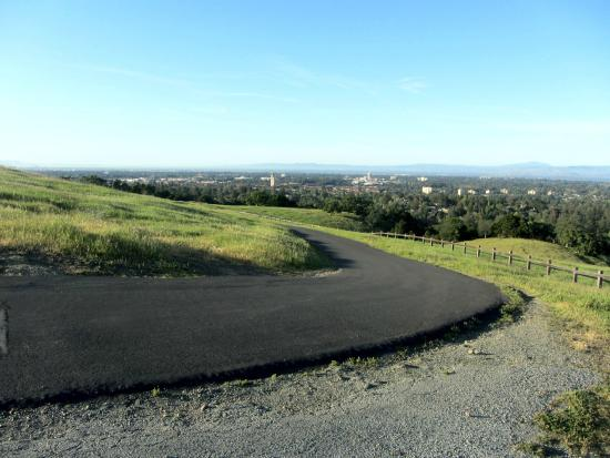 Palo Alto, CA: View of the Trail near the highest point