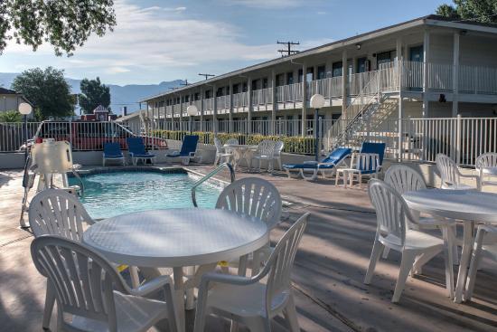 Motel 6 Bishop: Pool