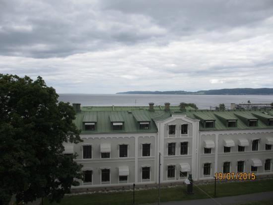 CITY HOTEL, Familjen Ericsson: Utsikten från ett av rummen på våning fyra