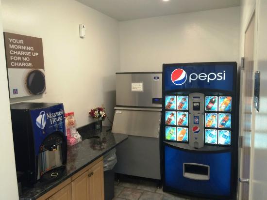 Gordonville, PA: Vending