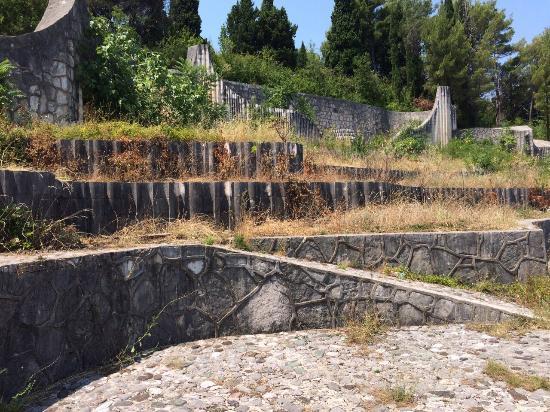 Partisan Cemetery: photo2.jpg